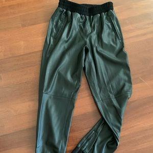 BCBG- Vegan Leather Jogging Pants  - Black Size XS